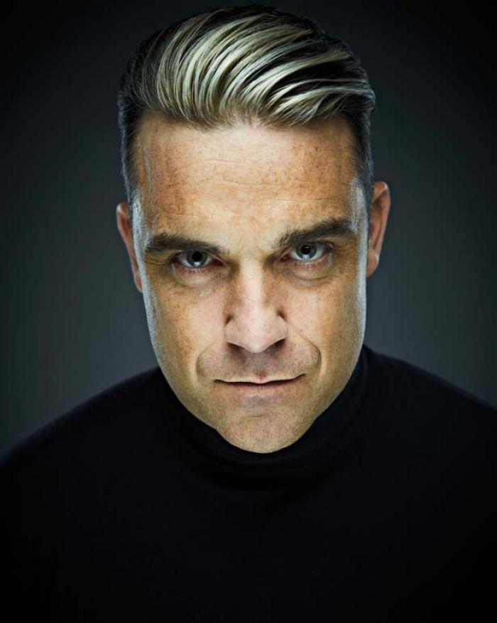 Concert Robbie Williams. Cântărețul britanic a refuzat ajutorul polițiștilor și jandarmilor români