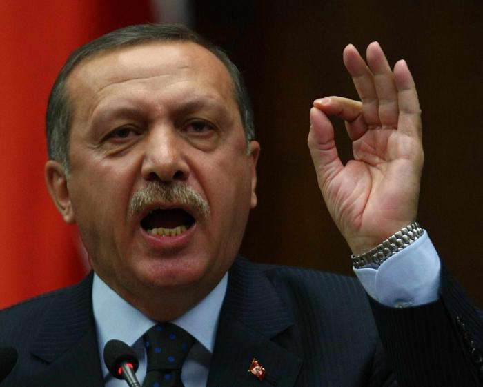 """Atentat Turcia: Președintele Erdogan condamnă un """"act de teroare"""""""