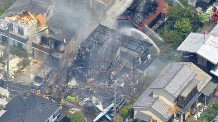 Japonia: Avion prăbuşit într-o zonă rezidenţială. Trei persoane au murit
