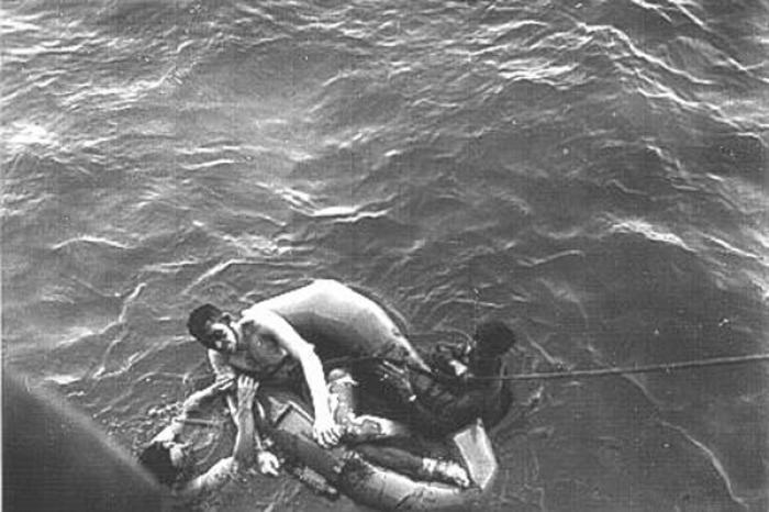 Noaptea rechinilor! Scufundarea navei USS Indianapolis, cel mai cumplit atac din istorie