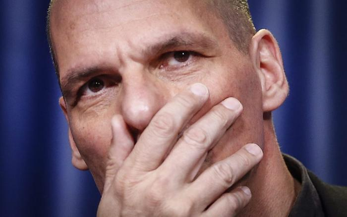Ministrul grec de finanțe, Yanis Varoufakis, își anunță DEMISIA