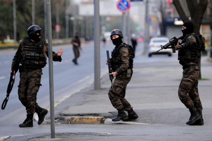 Istanbul: Focuri de armă în zona palatului Dolmabahce