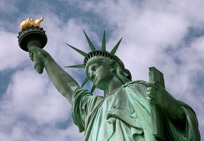 Suntem în top! O sculptură din România, pe lista celor mai impresionante monumente din lume, alături de Statuia Libertăţii