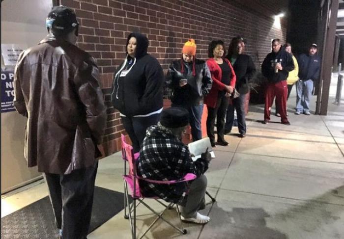 ALEGERI SUA. Prezenţă ISTORICĂ la secţiile de vot din Carolina de Nord (VIDEO)