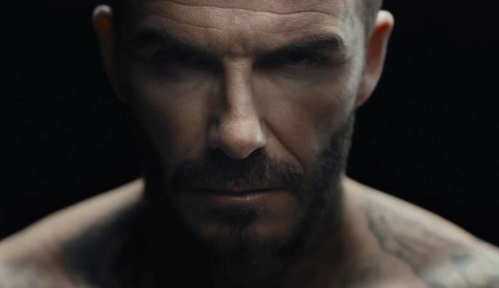 """Tatuajele lui Beckham prind viaţă într-o clip memorabil: """"Violenţa marchează copiii pentru totdeauna!"""" (GALERIE FOTO, VIDEO)"""