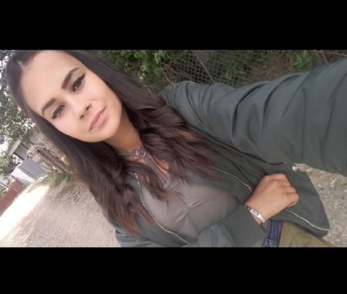 PREMONIŢIE cutremurătoare a Simonei, fata care a ARS DE VIE, împreună cu alţi patru tineri, în carnagiul din Suceava! Adolescenta şi-a anunţat MOARTEA cu câteva ore înainte de tragedie