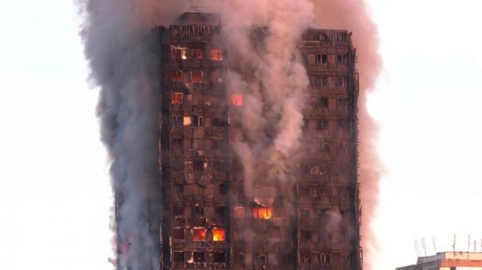 """Cutremurător! ULTIMELE MESAJE trimise de oamenii care au ARS DE VII în incendiul din Grenfell Tower: """"Iertaţi-mă, adio!"""" (VIDEO)"""