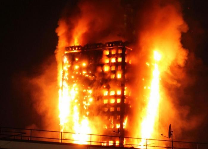 A fost identificată PRIMA VICTIMĂ a incendiului care a mistuit Grenfell Tower! ULTIMUL MESAJ trimis înainte de a sfârşi în INFERNUL din blocul londonez
