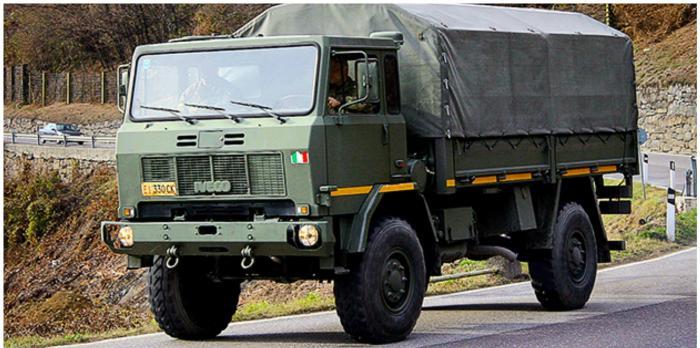 ACCIDENT DEZASTRUOS în Argeş! TREI MORŢI şi nouă răniţi, după ce un camion cu militari de elită s-a prăbuşit într-o râpă. Şapte dintre răniţi au politraumatisme, dar sunt stabili