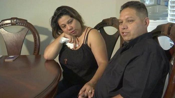 BALENA ALBASTRĂ ucide din nou! Un adolescent de 15 ani a fost găsit SPÂNZURAT în dulapul din dormitor. Băiatul şi-a transmis LIVE sinuciderea (VIDEO)