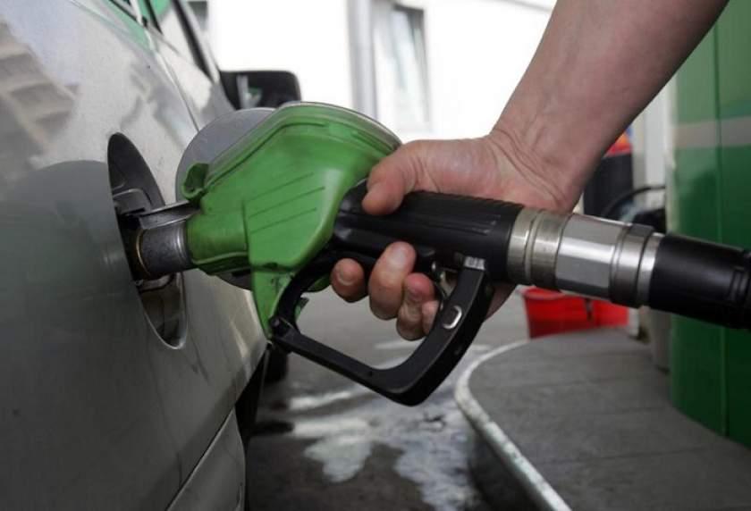 Se schimbă denumirile carburanţilor, din 12 octombrie