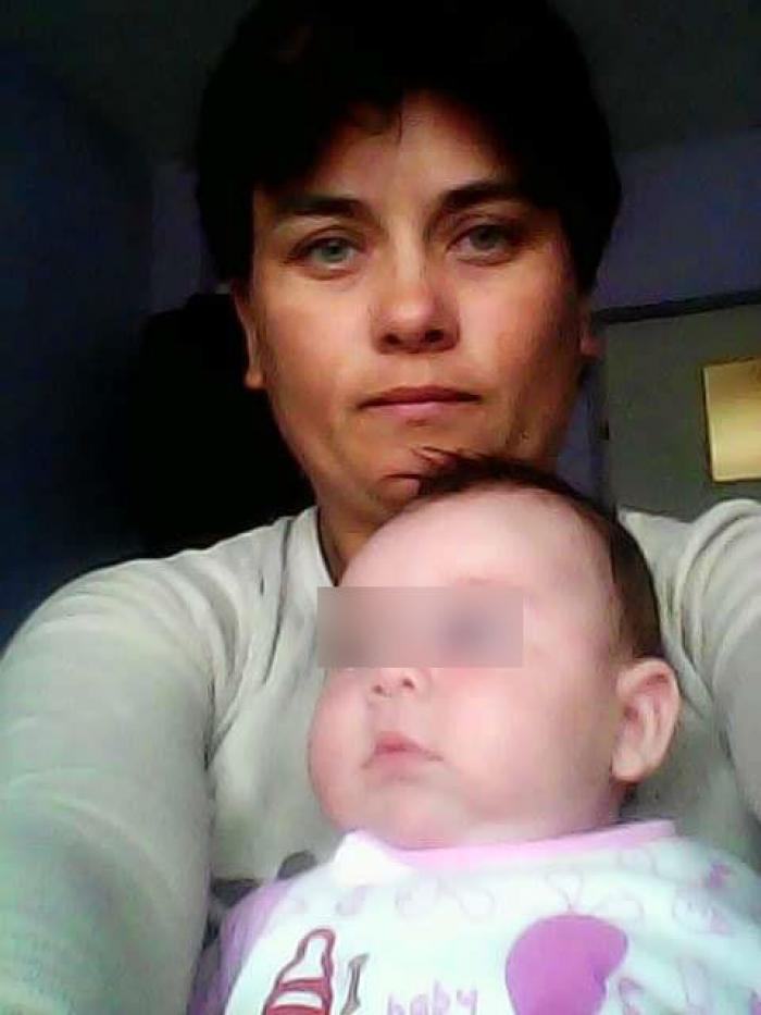 O mămică româncă şi fetiţa ei de câteva luni, spulberate într-un accident cumplit, în Italia. Petronela şi bebeluşul au murit pe loc