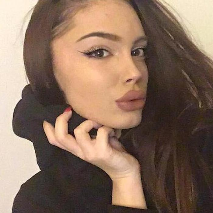 Ea e tânăra de 19 ani prinsă drogată la volan pe Splaiul Unirii din București. Ramona este fata unui primar din Vrancea