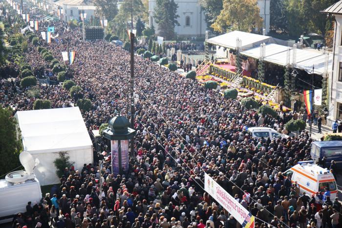 Program pelerinaj Sfânta Cuvioasă Parascheva. Sute de mii de creștini sunt așteptați la Iași până duminică, 14 octombrie