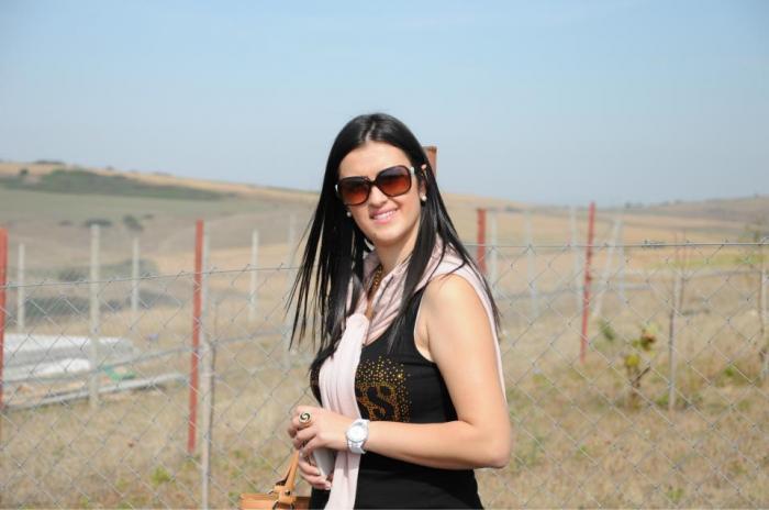 Ea e Maria, românca de 29 de ani executată în stil mafiot în Spania. A murit în braţele surorii ei