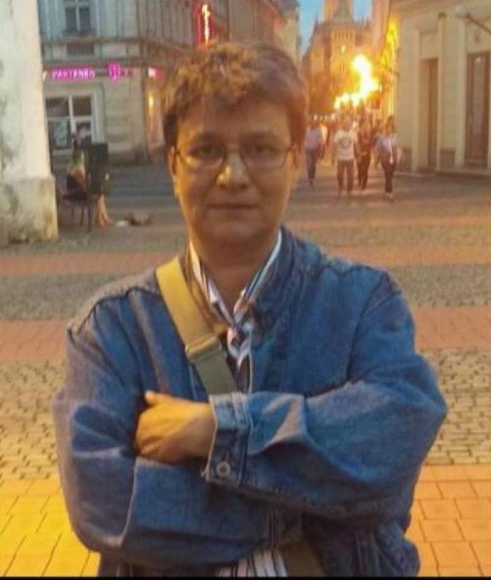 """Primele reţineri în cazul scriitoarei Doina Popescu - Brăila, bătută miercuri noapte pentru că """"răpeşte copii cu ambulanţa neagră"""""""
