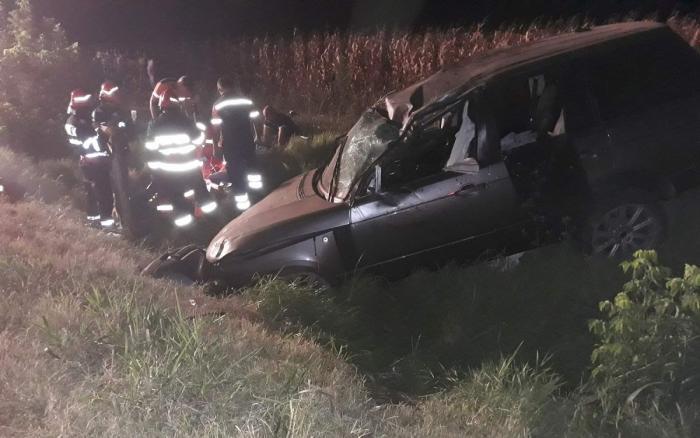Echipele de urgență intervin la locul accidentului din Andrășești