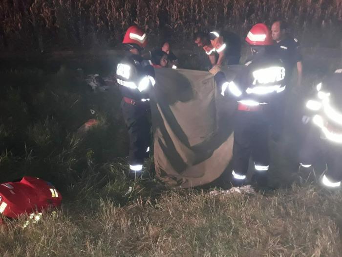 Grav accident în Ialomița unde 2 mașini s-au ciocnit. Sunt 6 victime, între care 3 copii și o femeie însărcinată