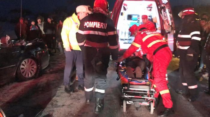 Cine este tânărul mort în tragedia de la Dealu Mare. Băiatul a rămas cu picioarele blocate sub bord, după un impact teribil (Video)