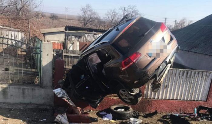 Şoferiţa a scăpat nevătămată