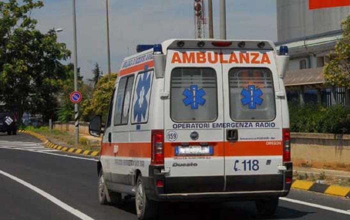 Tânăr român de 22 de ani, mort în Italia. Băiatul a sfârşit pe loc, strivit de un tomberon metalic
