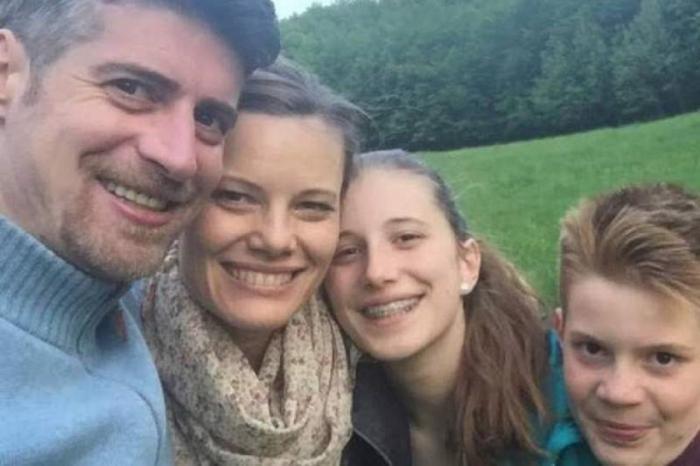 Criminalul din Braşov care şi-a ucis copiii şi soţia în somn nu vrea închisoare pe viaţă. Florin Buliga a atacat sentinţa cu apel