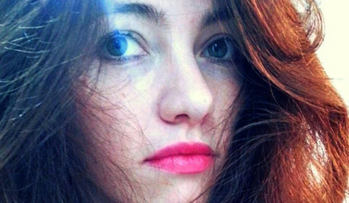 Izabela, o fată din Suceava, câştigă peste 50.000 de euro pe lună din YouTube