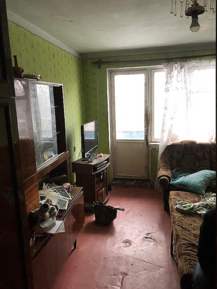 Apartamentul femeii care și-a aruncat copilul a gunoi