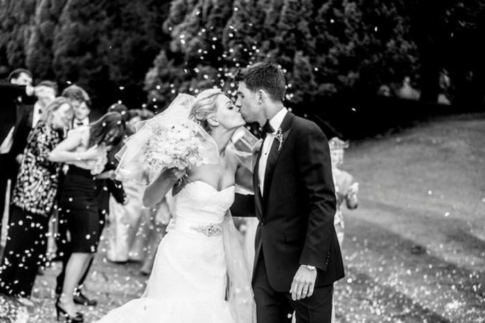 Charlotte a aflat cu doar o săptămână înainte de nuntă că are cancer
