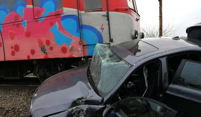 Şofer mort după un accident de tren la Grădiştea în Dolj