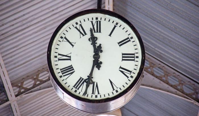 Ora de vara 2019. Când dăm ceasurile cu o oră înainte