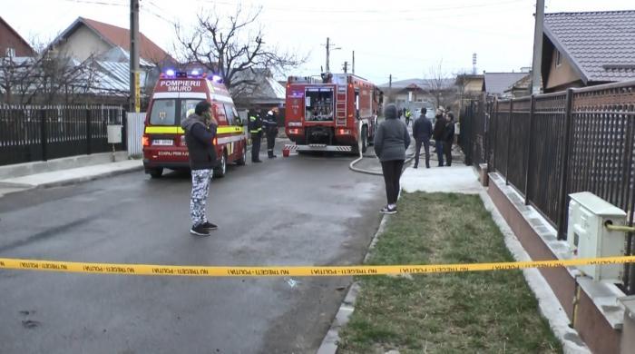 Un tată şi-a ucis fiul de 16 ani şi soacra, în Piatra Neamţ. I-a înjunghiat, apoi a dat foc la casă (Video)