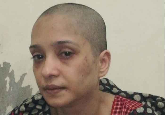 Femeia a fost bătută şi torturată de soţ şi prietenii acestuia
