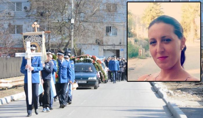 Înmormântare cu onoruri militare pentru Alina Cocârlă, jandarmeriţa din Găeşti