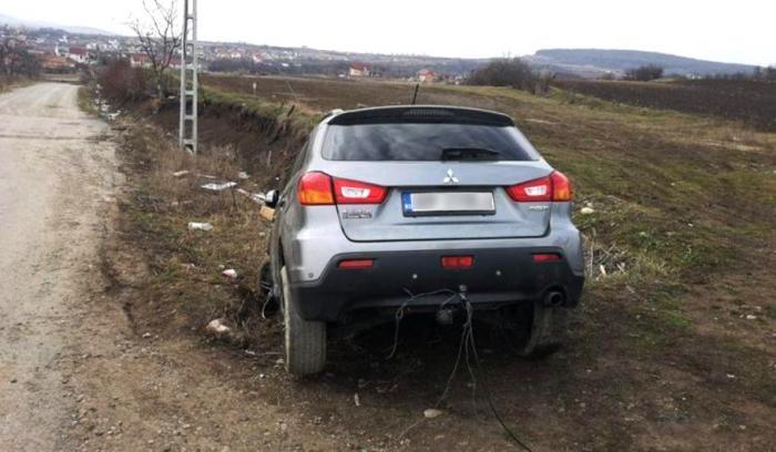 Cele trei maşini furate din Cluj au fost găsite de hoţi cu cheile în contact