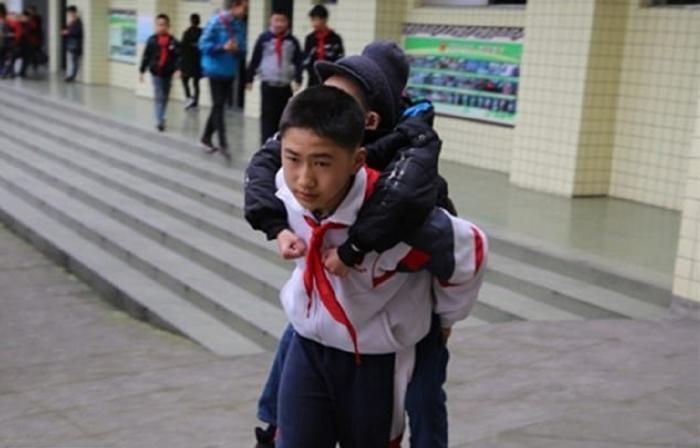Copil erou în China