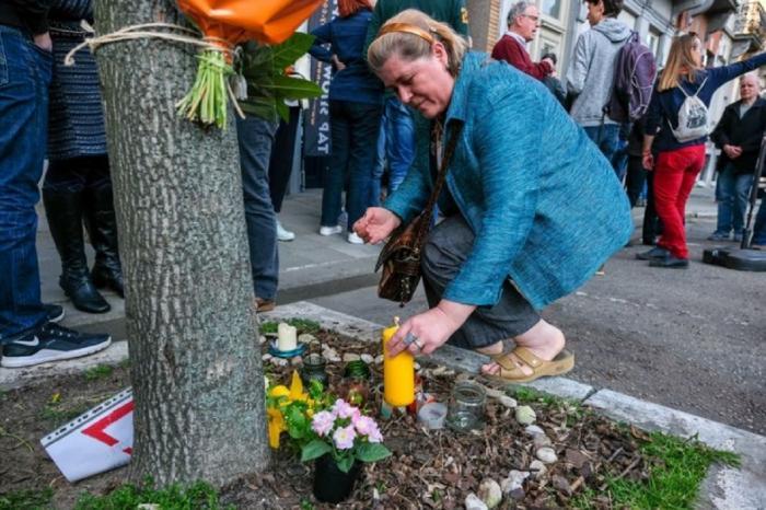 Altar de flori şi lumânări pentru Dariana, românca ucisă în Belgia la doar 30 de ani (Video)