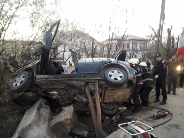 Şoferul care şi-a omorât familia la Tetoiu era rupt de beat. Fratele, fiul lui şi un adolescent de 19 ani, morţi în accident