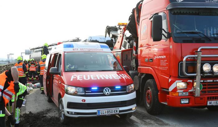 Şofer român, implicat într-un grav accident în Austria
