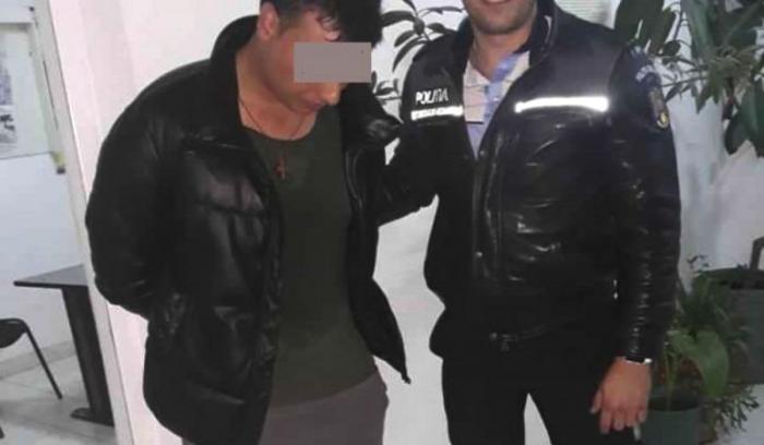Poliţist obligat să plătească daune unui hoţ pe care l-a prins în flagrant