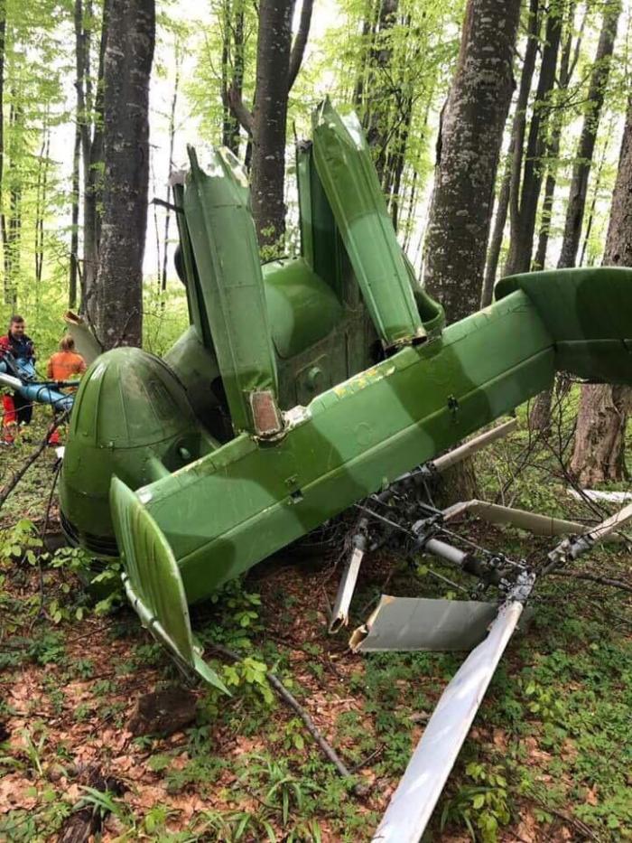 Un elicopter clandestin s-a prăbușit la Săpânța. Pilotul, găsit mort în epavă