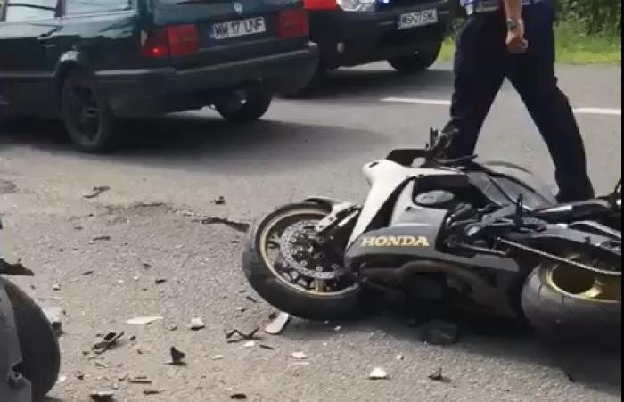 Motociclistă din Satu Mare în stare critică, după un accident, apel pentru salvarea tinerei mămici de 31 de ani