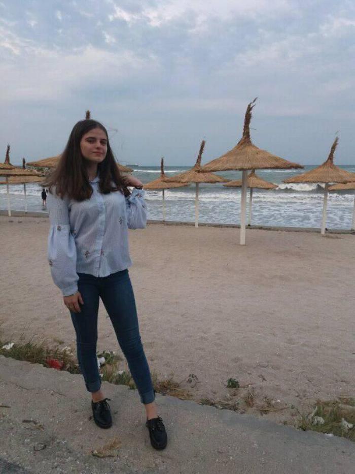 Alexandra, fata dispărută în Caracal, s-a urcat într-o maşină la ocazie