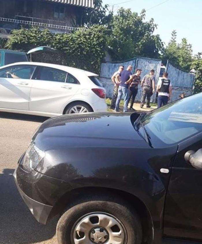 Cele două fete disparute în Caracal ar fi fost ucise de şoferul care le-a luat la ocazie