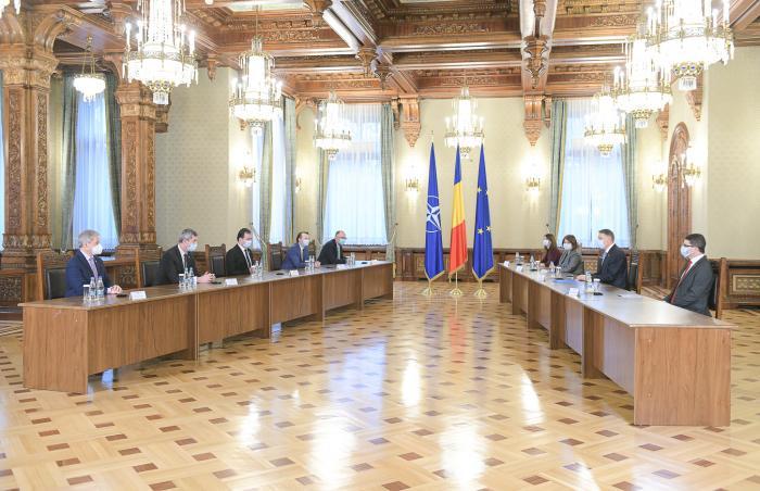 Klaus Iohannis a felicitat coaliţia de guvernare pentru că a ajuns la un acord