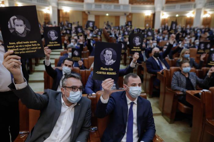 Parlamentarii din opoziție, mesaje pentru Florin Cîțu