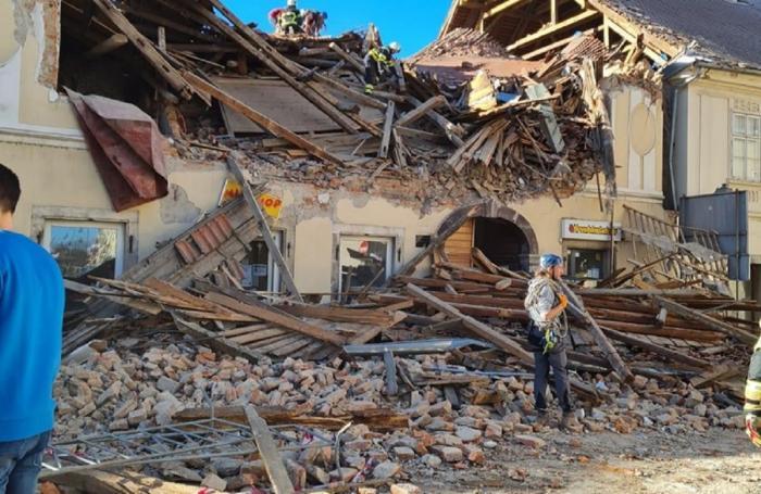 Cel puţin o persoană a murit în urma producerii cutremurului din Croaţia