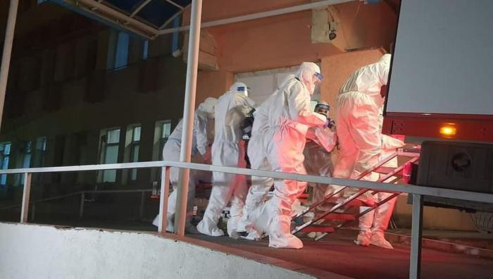 Incendiu în secția ATI a unui spital din Târgu Mureș. O priză a luat foc într-un salon cu șase pacienți