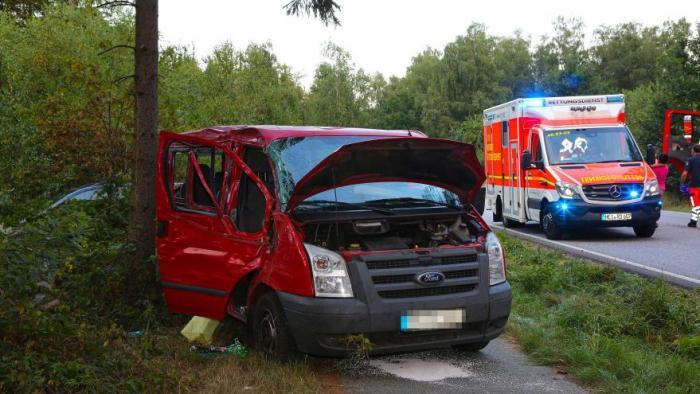 Șase români, între care doi copii, victime într-un accident în Germania. Rudele au împiedicat salvarea lor