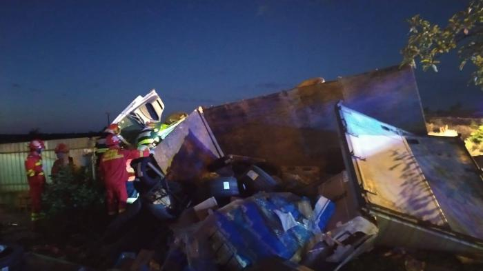 Incidentul a avut loc în jurul orei 03.40, pe raza localității Călimănești